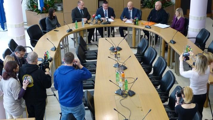 Brodsko-posavska županija: Novih 7 milijuna kuna za županijske bolnice