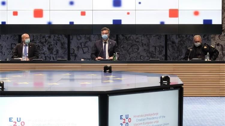 Koordinirana borba institucija EU protiv COVID-19