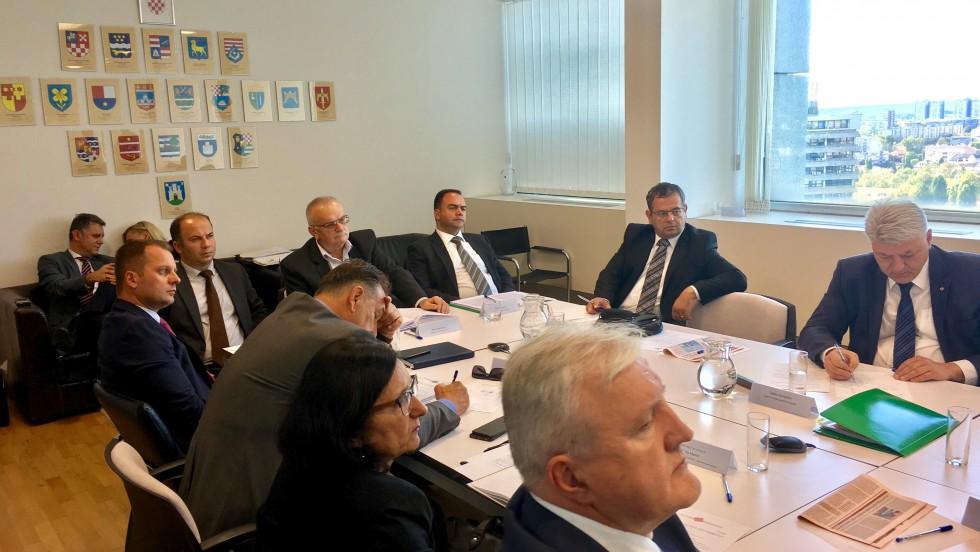 Župani s predstavnicima ministarstava o financiranju jedinica lokalne i regionalne samouprave, smjeru reforme i upravljanju državnom imovinom