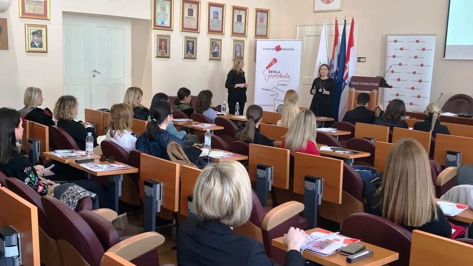 """Škola protokola u Dubrovniku: """"Protokolarna pravila su jasna, nedvosmislena i mora ih se poštivati"""""""