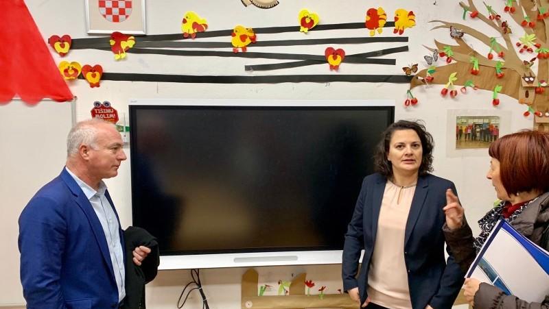 Šibensko-kninska županija: Dovršen projekt energetske obnove zgrade škole u Kistanjama