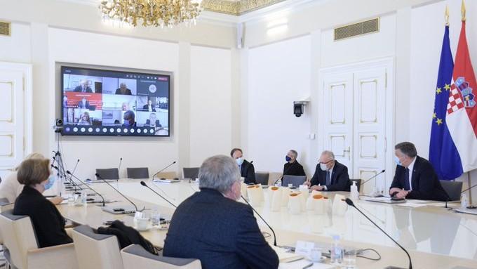 CIJEPI SE: Premijer Plenković sa županima o intenzivnijem procjepljivanju